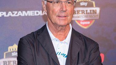 Franz Beckenbauer: Schock-News! Jetzt packen seine Freunde aus! - Foto: WENN.com