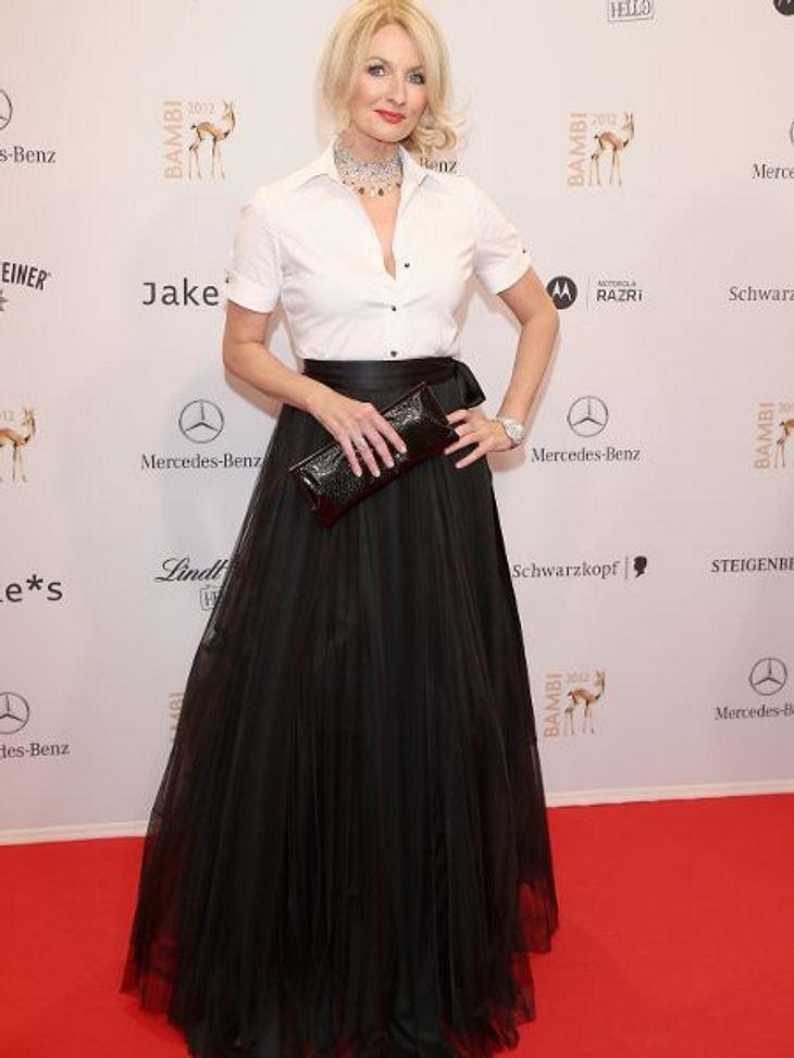 Klau den Look der Stars: Partykleider-SpecialDer Schwarz-Weiß-Look: Der gefällt auch Oma! Frauke Ludowig macht's vor - wie machen's nach.