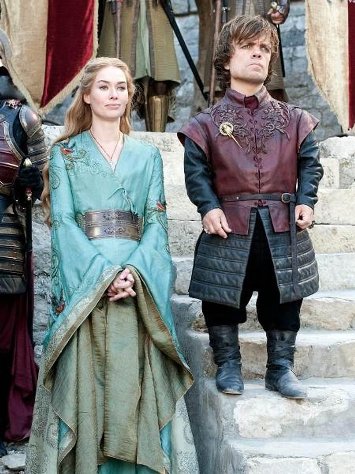 """""""Game of Thrones"""": Die besten Bilder aus Staffel zweiDas Fantasy-Epos """"Game of Thrones"""" basiert auf den Romanen """"Das Lied von Eis und Feuer"""" von George R. R. Martin. Seit im April 2011 die ersten Folgen der Fer"""