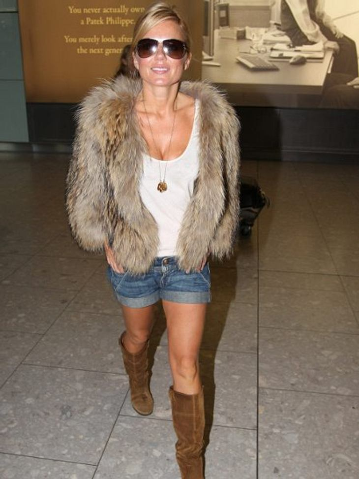 Stars lieben Jeans-ShortsZur knappen Jeans-Short gibt es bei Geri Halliwell einen dicken Pelzmantel. Naja, Hauptsache obenrum warm!,Models im freien Fall: Stolperfalle Catwalk