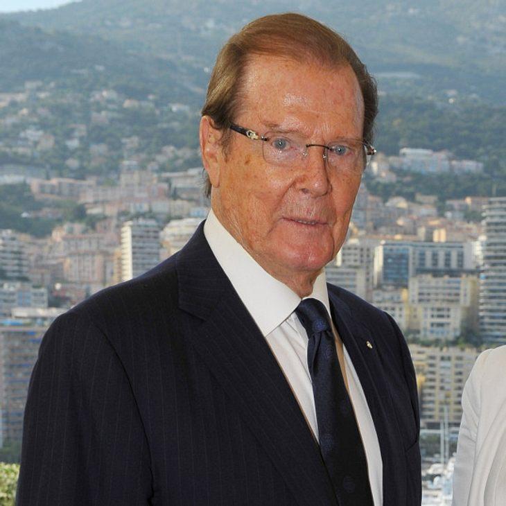 Roger Moore trauert um seine verstorbene Stieftochter