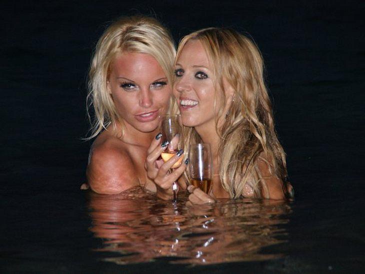 Promi-Paare und ihre Fake-BeziehungenDie wohl bizarrste Sommerliebe des letzten Jahres: Nacktmodel Gina-Lisa Lohfink (25) und Sängerin Loona (37)!Die beiden zogen wochenlang äußerst medienwirksam eine leidenschaftliche Lesbenshow ab, knutsc