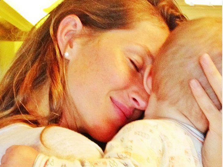 """Schmuse-Session! ModelGisele Bündchen kuschelt mit ihrer süßen Tochter und schreibt dazu: """"Die beste Liebe der Welt!"""""""
