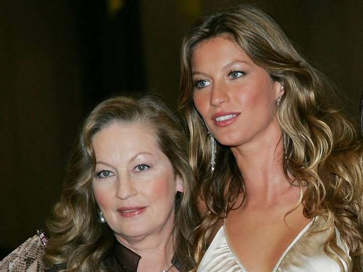 Gisele Bündchen mit ihrer Mutter. Neben Gisele hat sie noch fünft weitere Kinder groß gezogen.Stars: Mutter und Tochter