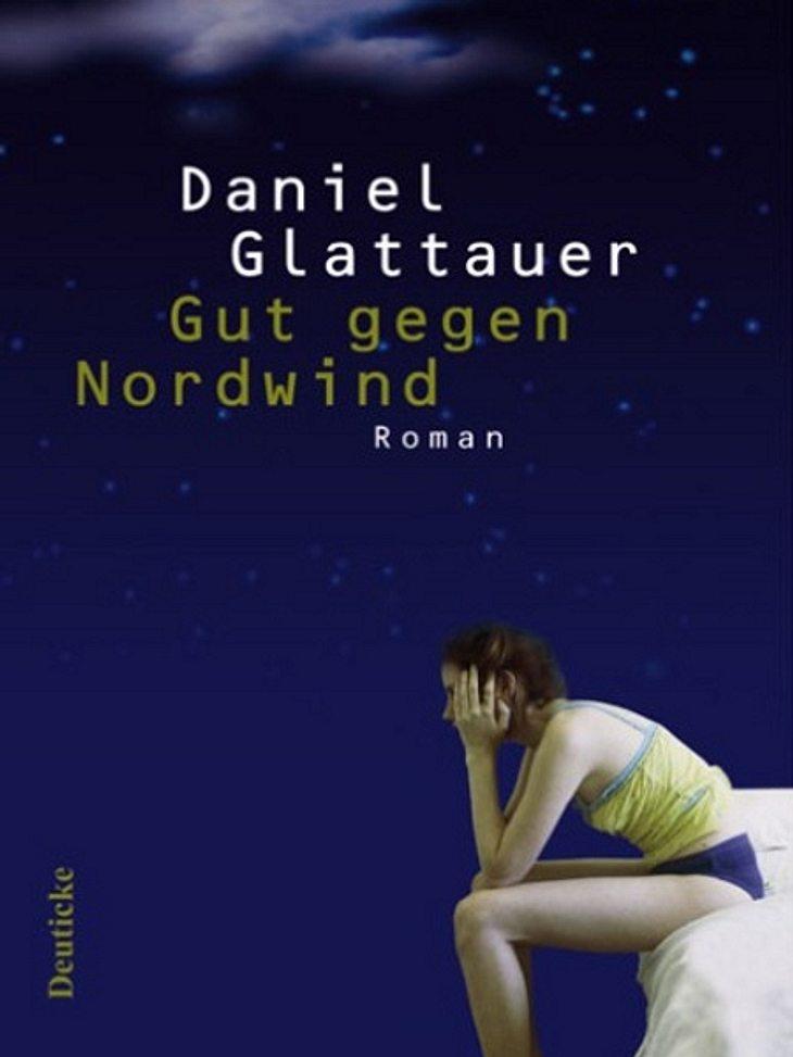 """""""Gut gegen Nordwind"""" von Daniel Glattauer:,Das meint die WUNDERWEIB.de-Redaktion: Man wird in dem Buch in einen Monate langen eMail-Dialog hineingezogen, der zwischen Leo und Emmi stattfindet. Viele komplexe Gedanken und Gefühle w"""