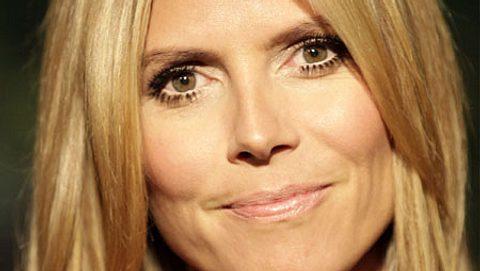 Da wird Heidi Klum auch verwirrt sein: Warum lügt GNTM-Kandidatin Sophie? - Foto: WENN