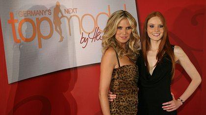 Heidi Klum und GNTM-Gewinnerin Barbara Meier - Foto: Getty Images