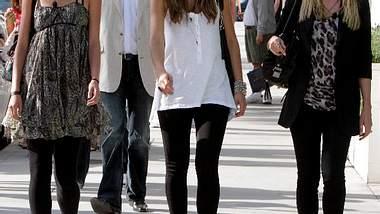 GNTM-Ausflug in Kalifornien: Model-Mama Heidi Klum zusammen mit Alisar Ailabouni und Leyla Mert. - Foto: WENN