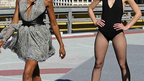Naomi Campbell zeigt den Mädels von GNTM, wie es geht - Foto: ProSieben