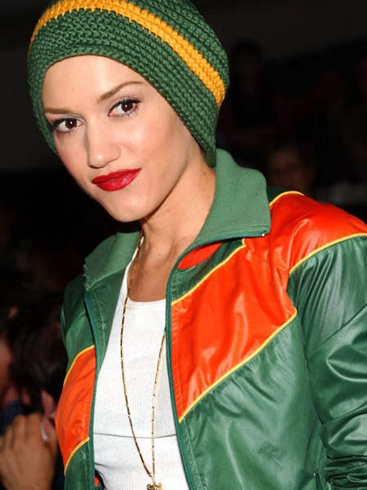 Der Look von Gwen StefaniFast hätten wir sie nicht erkannt: Gwen Stefani sehr, sehr casual...