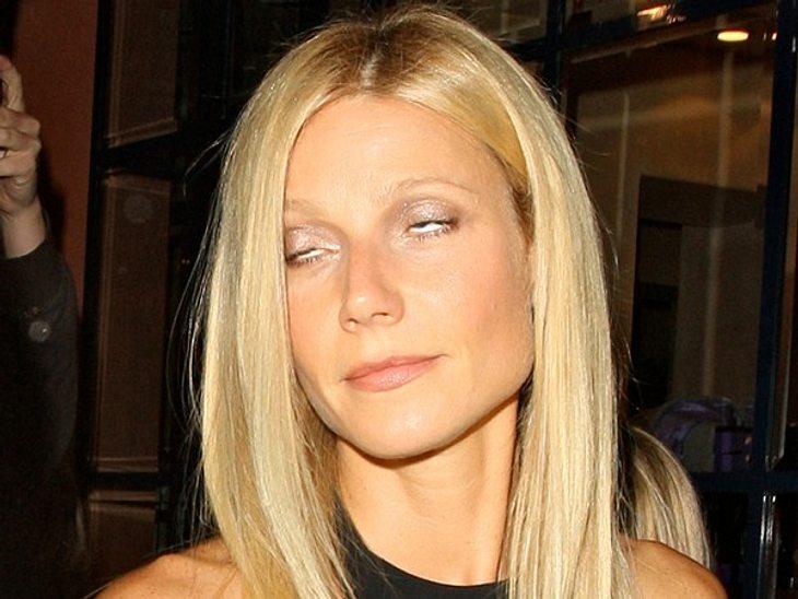 Peinliche Star-GrimassenWeniger eine Grimasse, als eine Entgleisung der Augen ist bei Gwyneth Paltrow der Grund für dieses schöne Foto.