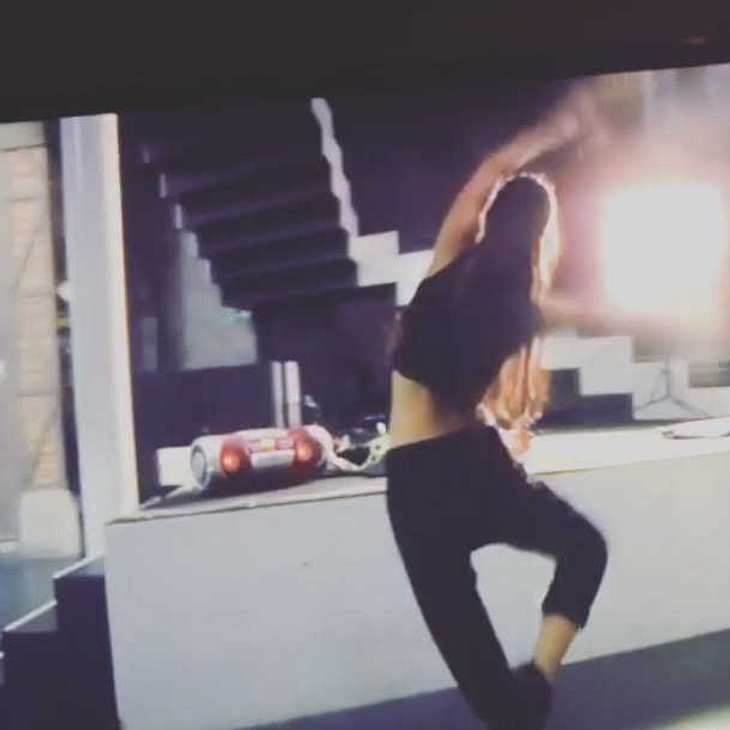 GZSZ-Comeback: Sila Sahin tanzt im Mauerwerk!