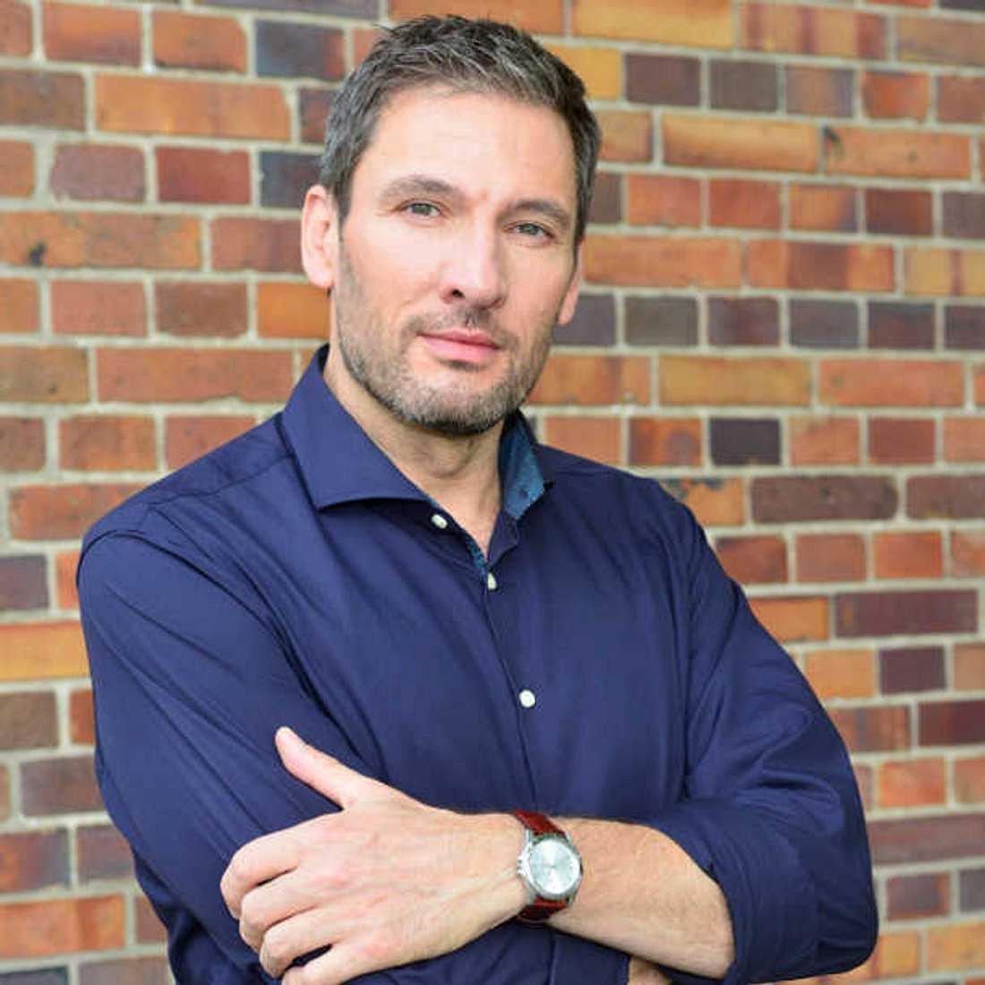 Dieter Bach kommt als Dr. Frederic Riefflin zu GZSZ