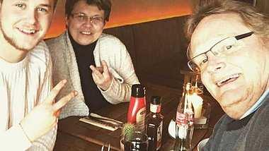GZSZ-Jonas: Felix Van Deventer macht seinen Eltern eine zuckersüße Liebeserklärung! - Foto: instagram.com/felixvandeventer19