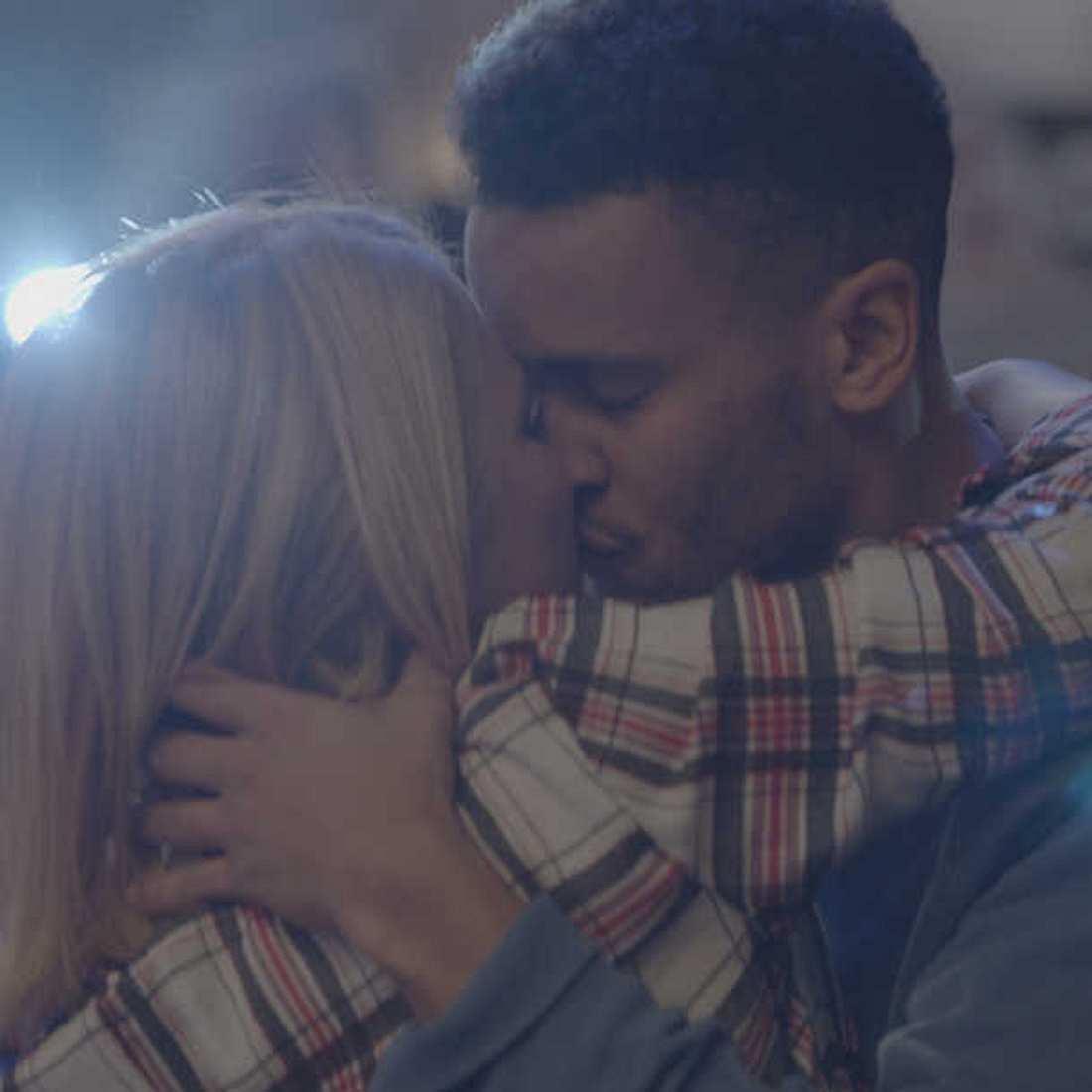 GZSZ-Liebe: So romantisch wird das Wiedersehen von Lilly und Amar!