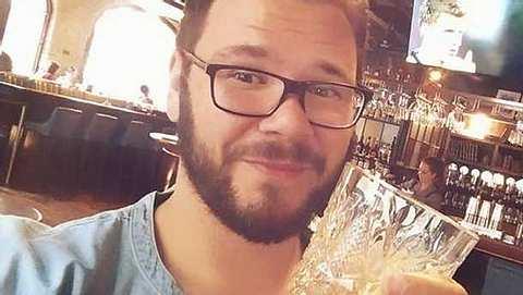 GZSZ-Star Thomas Drechsel hat sich von einer Kollegin verzaubern lassen! - Foto: facebook.com/th.drechsel