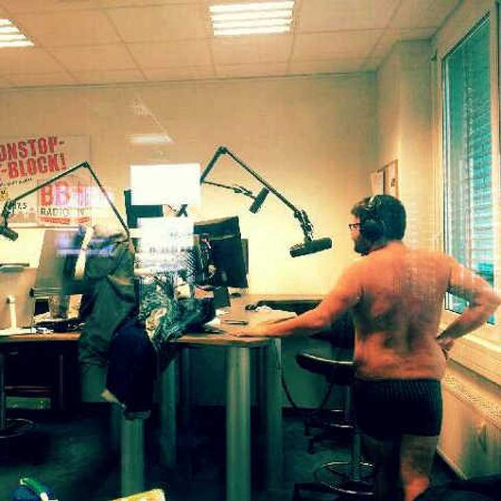 Thomas Drechsel: GZSZ-Tuner als Nackt-Radio-Moderator!
