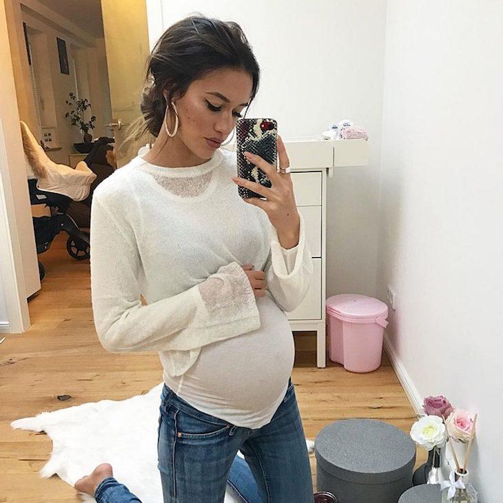 29. SSW: Hanna Weig zeigt ihre Baby-Kugel