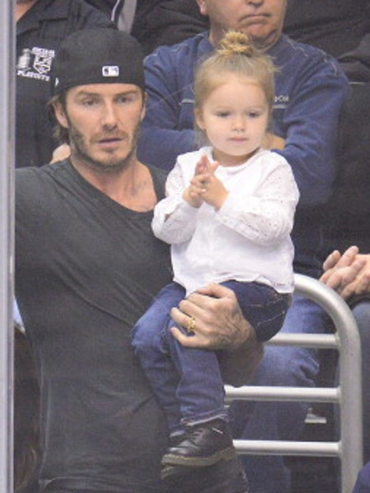 Die kleine Harper Beckham ist der größte Lady Gaga Fan!