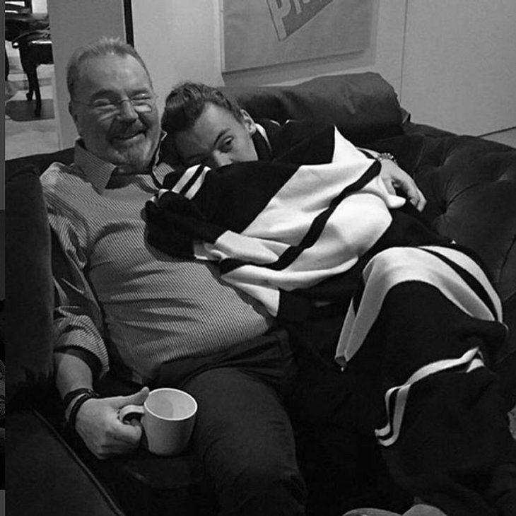 Harry Styles trauert um seinen Stiefvater!