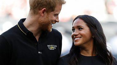 Herzogin Meghan & Prinz Harry: Verliebter Auftritt beim Baseball - Foto: Getty Images