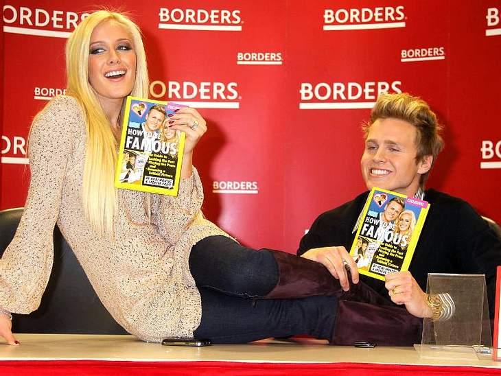 """""""Ich schreib dann mal ein Buch!"""" - Stars und ihre BestsellerProllpärchen  Heidi Montag und Spencer Pratt schreiben, wie man berühmt wird. """"How to be Famous"""" heißt das Buch."""