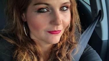 Helena Fürst: Sie verkauft einen Abend mit sich im Bett - Foto: Facebook / Helena Fürst