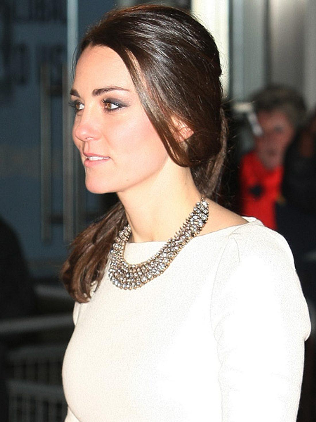 Herzogin Kate trug eine Zara-Kette