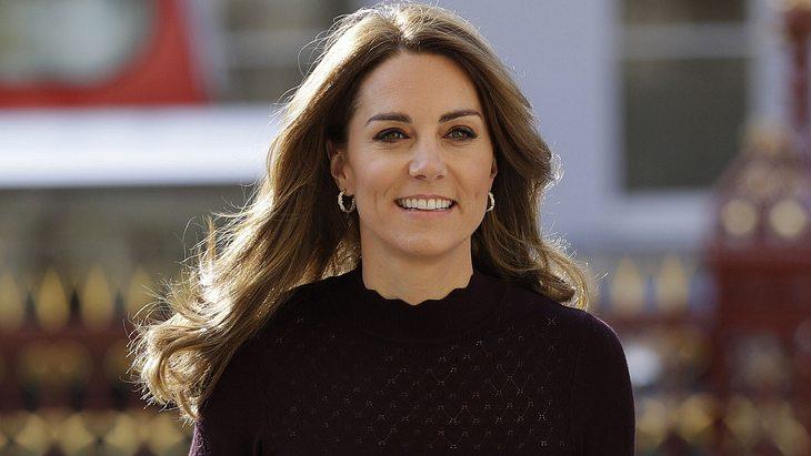 Herzogin Kate trägt Rollkragenpullover