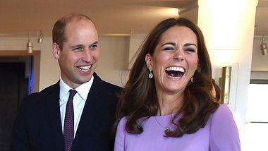 Foto aufgetaucht! Endlich zeigen sie Prinz Louis!
