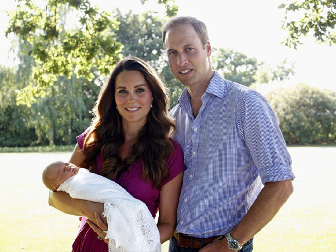 Kate und William mit ihrem Sohn George