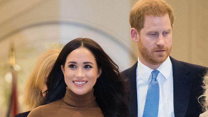 Herzogin Meghan und Prinz Harry: Jetzt schlägt der Palast zurück!