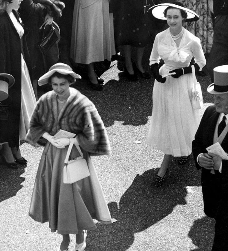 Prinzessin Margaret und die Queen in Ascot 1952