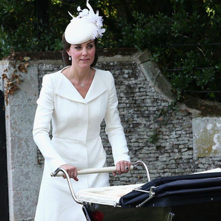 Ein Spezialistenteam war für den reibungslosen Ablauf von Herzogin Kate Entbindungen verantwortlich