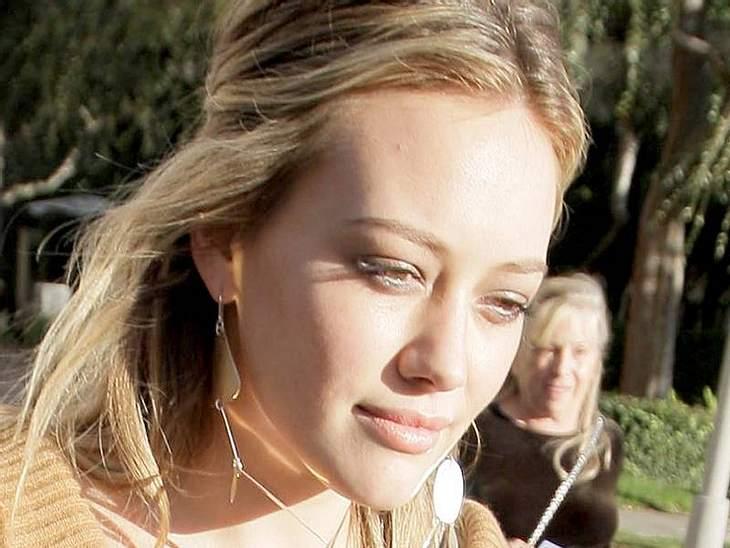 Stars ungeschminktWie schön sie ist, die  Hilary Duff und das ganz ohne Schminke., Wenn Ihr noch mehr darüber erfahren wollt, was bei den Stars so abgeht - hier sind unsere Star-Galerien