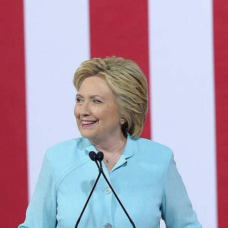 Hillary Clinton könnte doch noch Präsidentin werden und Donald Trump entthronen!