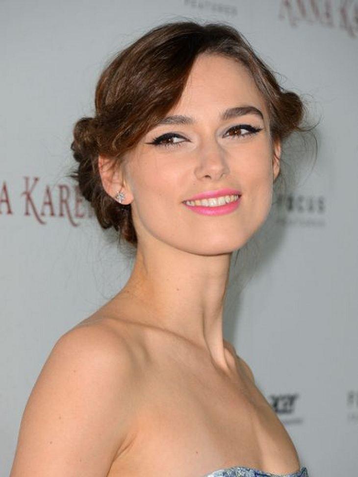 """Hochsteckfrisuren der StarsEntzückend zeigte sich Keira Knightley bei der Premiere von """"Anna Karenina"""".So geht's >>"""