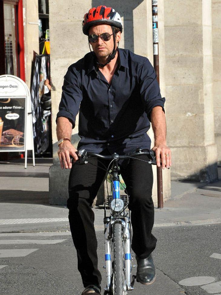 Hugh Jackman fuhr mit dem Fahrrad durch Paris - und durch Berlin.