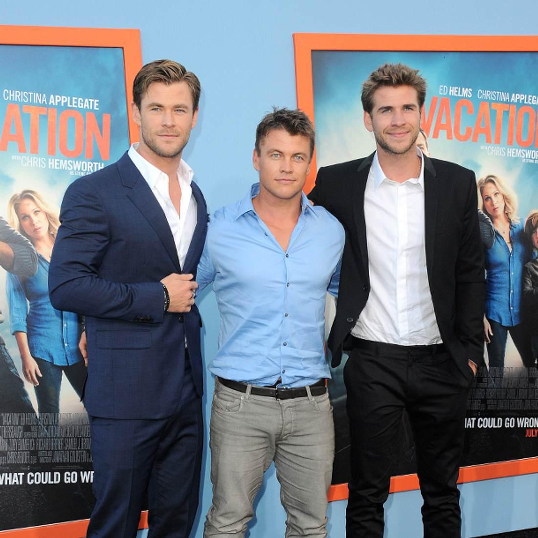 Liam Hemsworth mit seinen Brüder Luke und Chris