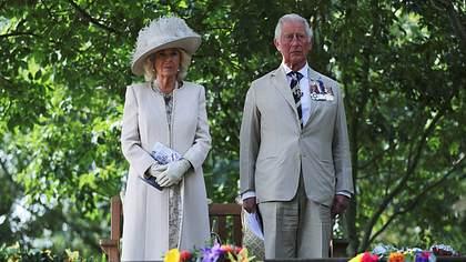 Camilla und Charles - Foto: imago images / i Images