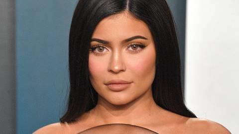 Kylie Jenner: Sie lässt die Baby-Bombe platzen - Foto: Getty Images