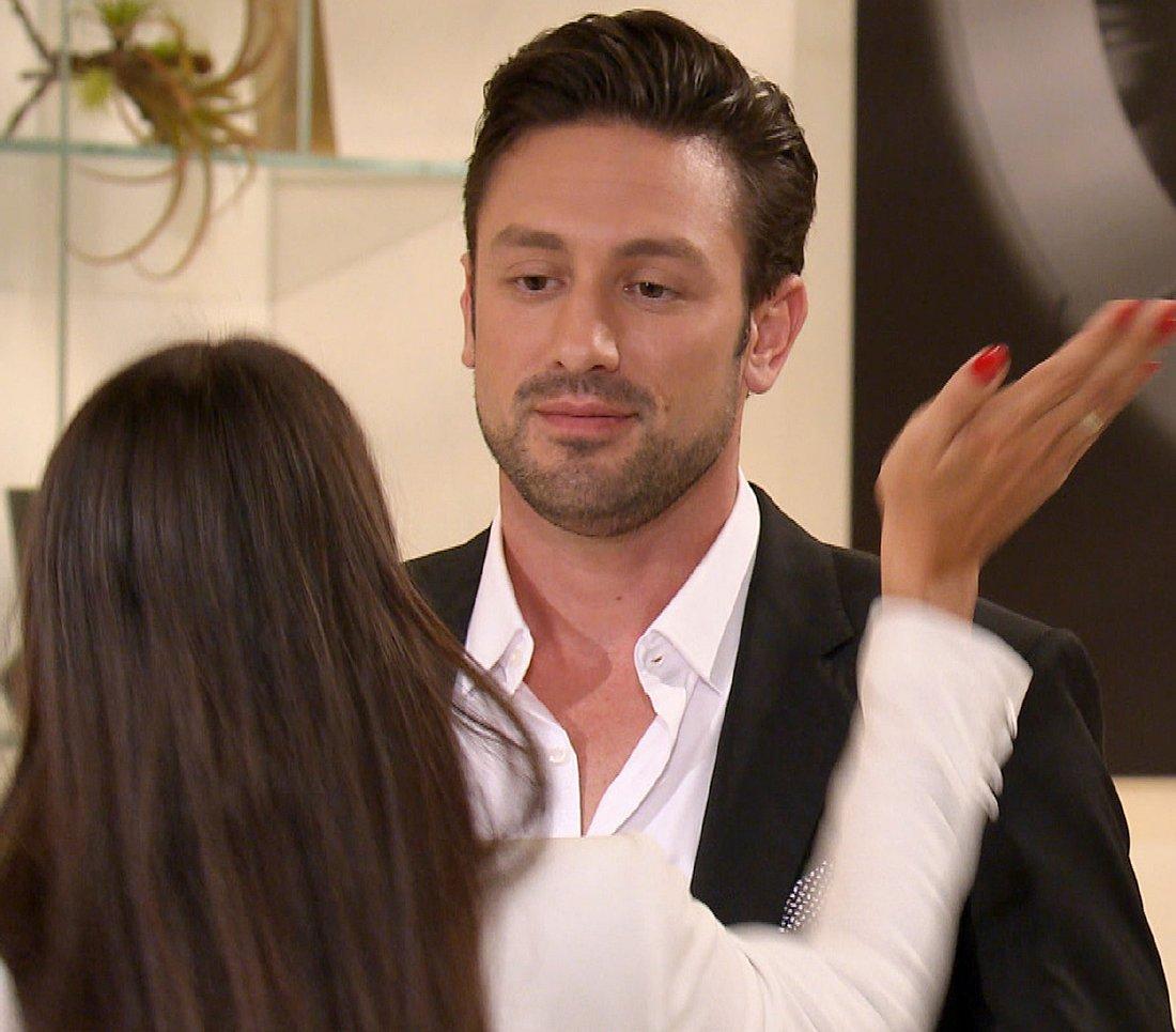 Yeliz schlägt Daniel