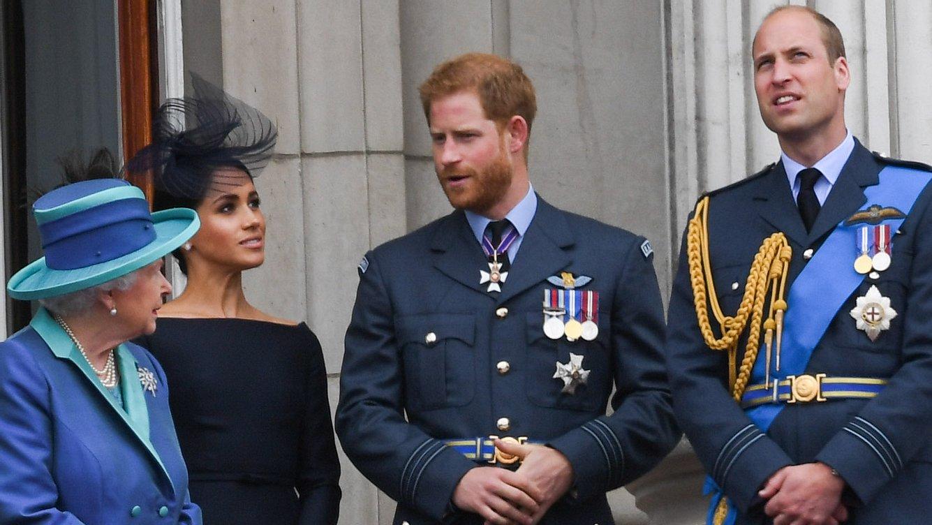 Queen; William, Harry