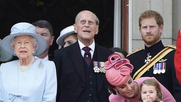 Bitterer Streit mit Queen Elizabeth und Prinz Philip!