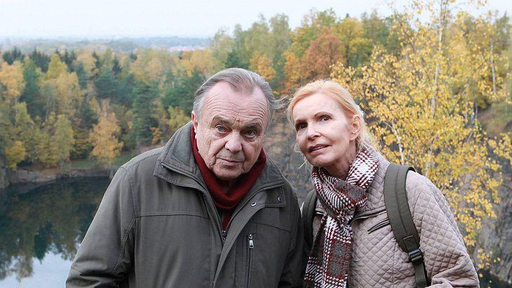 """""""In aller Freundschaft""""-Paar: Prof. Simoni und Schwester Ingrid"""