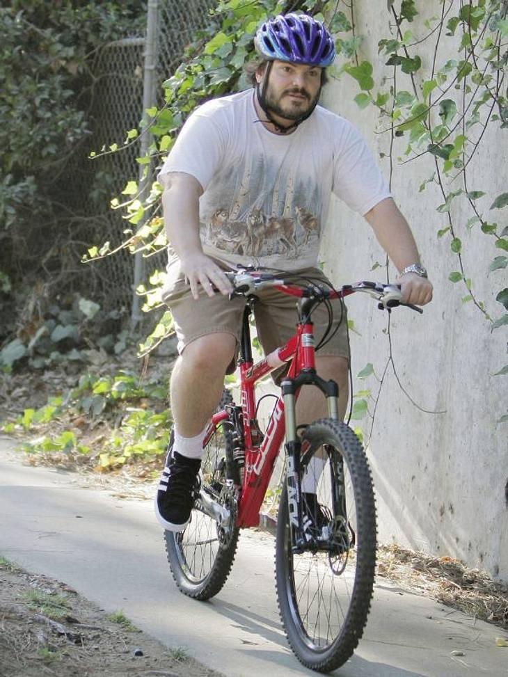 undefined Abgefahren! Stars beim Radeln
