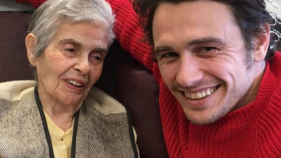James Franco Oma Mitzie - Foto: Instagram / James Franco