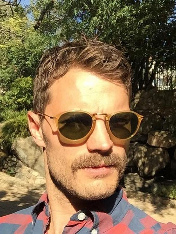Jamie Dornan trägt jetzt Schnurrbart