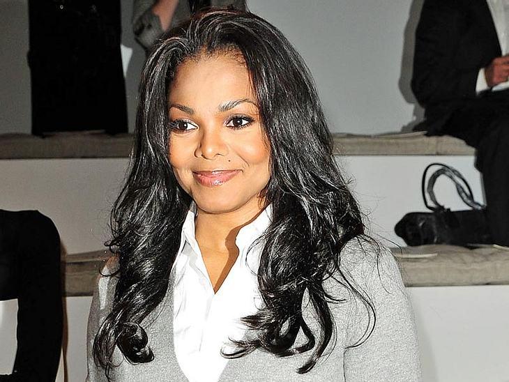 Sängerin Janet Jackson fürchtet wohl den Weltuntergang. Wenn die Schwester von Michael Jackson auf Tour geht, reisen da schon einige mit. Ein Chiropraktiker, ein Hals-Nasen-Ohrenarzt, ein Masseur und noch ein Elektriker. Und: Janet Jackson