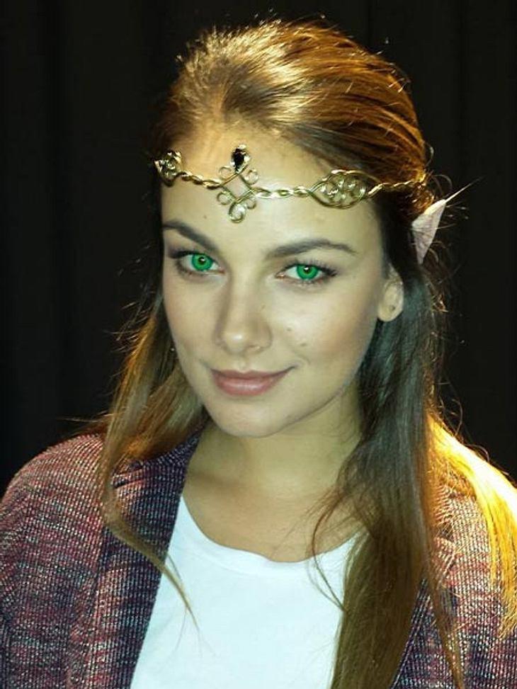 Janina Uhse als Elfe